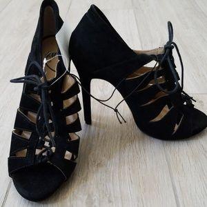 Black perfect heels